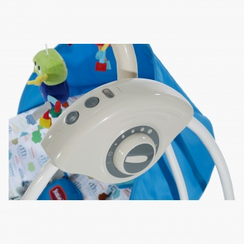 Juniors Lucas Electric Swing with plug