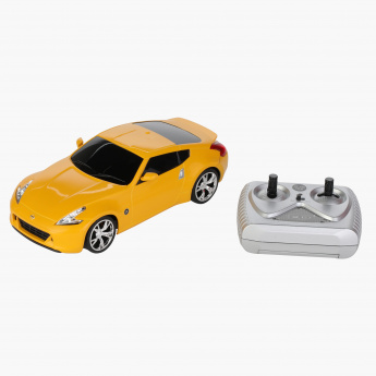 Xq Nissan 370z Toy Car Yellow Distinctive Design And Detailed Looks