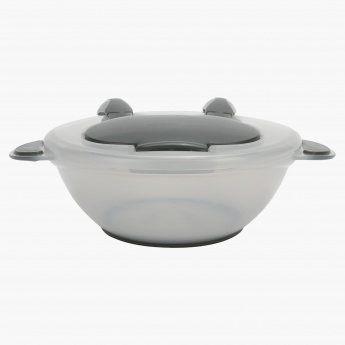 Juniors feeding bowl with spoon