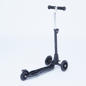 Tri-Scooter Frame with Adjustable Handlebar