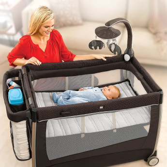 Chicco Lullaby Glow Playard