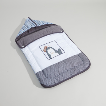 Juniors Printed Nest Bag with Hood