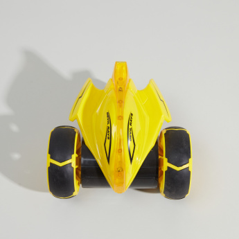 Stingray Sneak Remote Controlled Stunt Car Toy