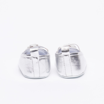 Juniors Flower Detail Glossy Baby Shoes