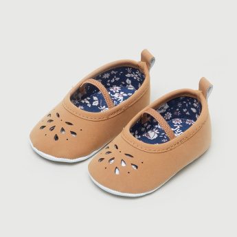 Juniors Cutout Detail Baby Shoes