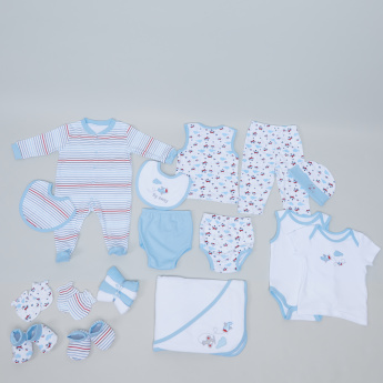 Juniors 19-Piece Apparel Gift Set