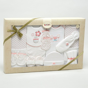 Juniors 16-Piece Clothing Gift Set