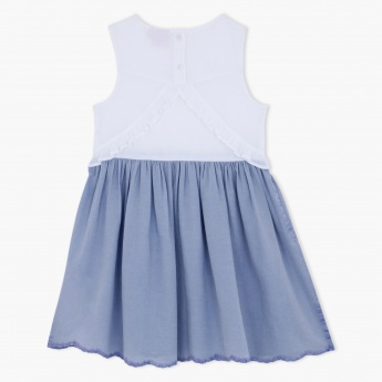 Juniors Pleated Sleeveless Dress