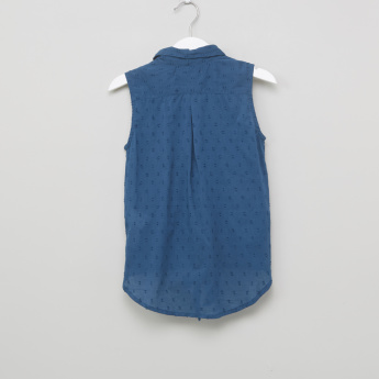 Juniors Textured Sleeveless Knot Detail Shirt