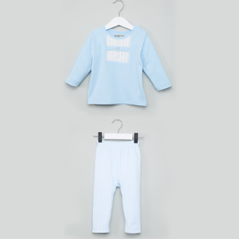 Giggles Round Neck T-Shirt with Pants