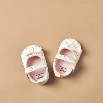 Juniors Bow Detail Booties with Hook and Loop Closure
