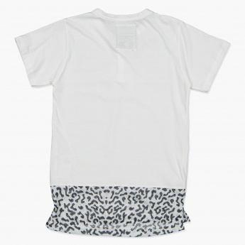 Posh Graphic Print T-Shirt