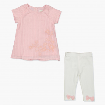 Juniors Floral Embroidered Top and Leggings Set