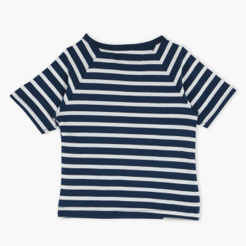 Juniors Striped Raglan Sleeves T-Shirt