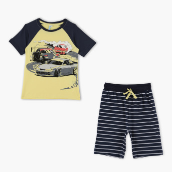 Juniors Printed T-Shirt with Striped Bermuda Shorts