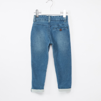 Juniors Jeans with Button Closure and Pocket Detail