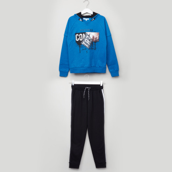 Juniors Printed Pullover with Tape Detail Jog Pants
