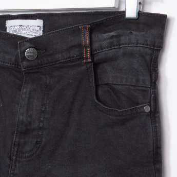 Posh Pocket Detail Jeans with Button Closure