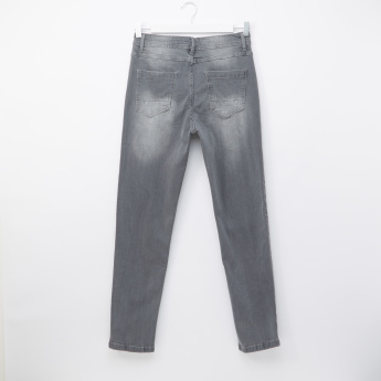 Posh Full Length Jeans with Button Closure and Pocket Detail