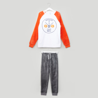 Juniors Text Printed Fleece Pyjama Set