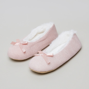 Juniors Textured Ballerinas with Bow Detail