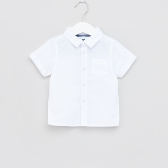 Juniors Short Sleeves Pocket Detail Shirt
