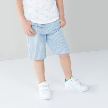 Eligo Printed T-shirt with Striped Shorts