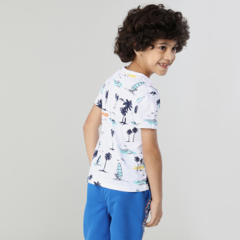 Juniors Graphic Printed Short Sleeves T-Shirt