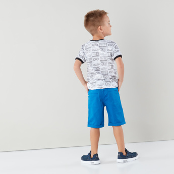 Juniors Printed T-shirt with Pocket Detail Shorts