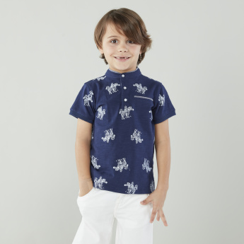 Juniors Printed Henley Neck T-shirt with Shorts