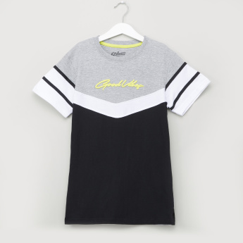 Posh Striped T-shirt with Crew Neck and Short Sleeves
