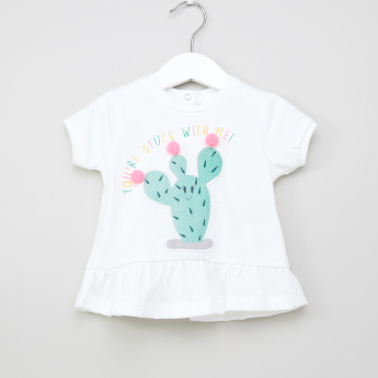 Juniors Applique Detail Short Sleeves Top
