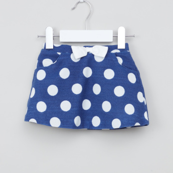 Juniors Polka Dot Printed Sleeveless Blouse with Pocket Detail Skirt