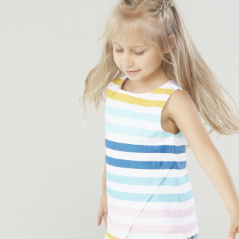 Juniors Striped Sleeveless Top with Round Neck