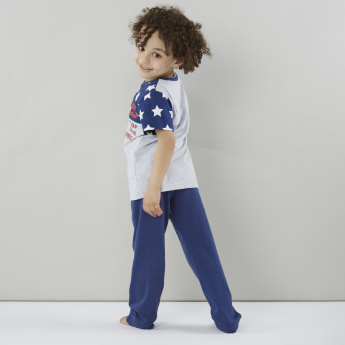 Juniors Printed Round Neck T-shirt and Solid Pyjama Set