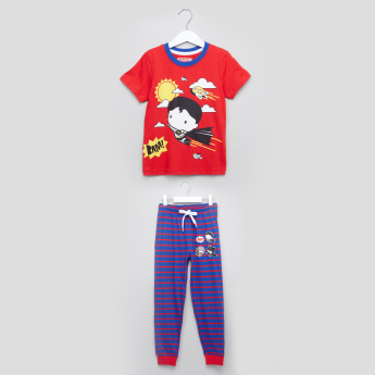 Justice League Printed T-Shirt with Striped Jog Pants