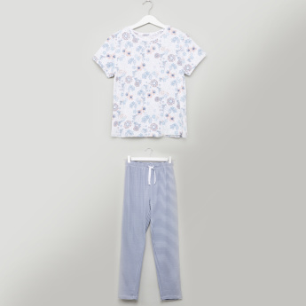 Juniors Floral Printed T-shirt and Striped Pyjama Set