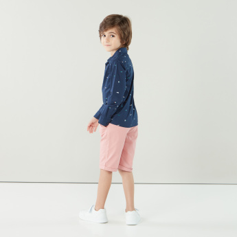 Eligo Solid Shorts with Button Closure